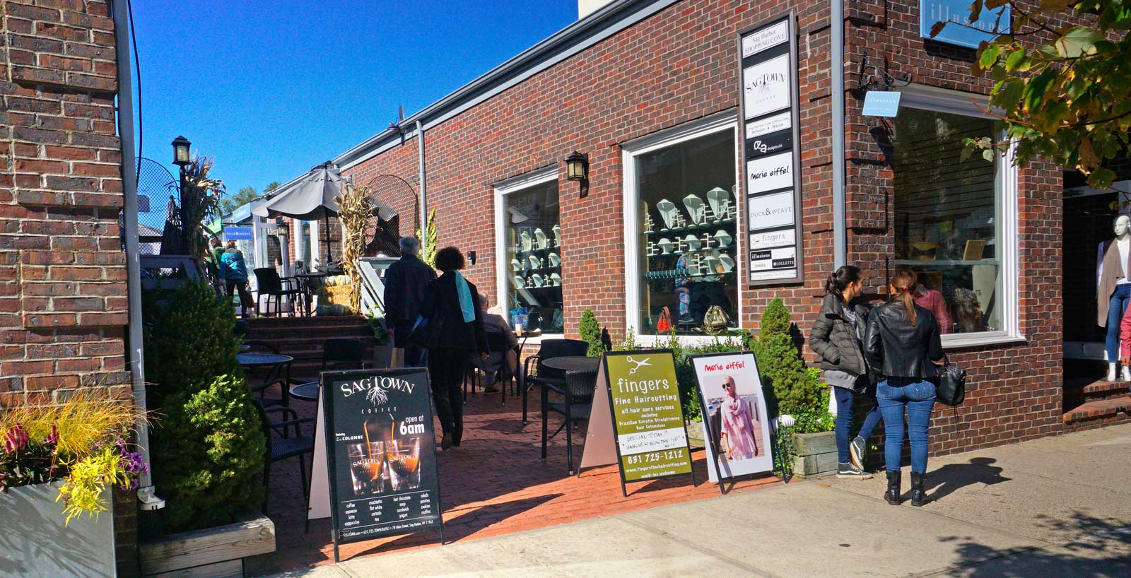the shopping cove – Sag Harbor Ventures